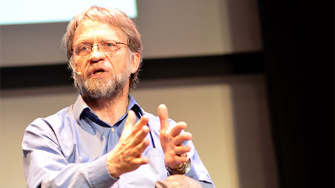 Photo of Antanas Mockus